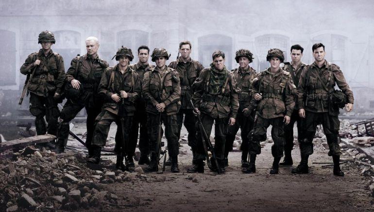 Decenas de actores desembarcan en una guerra para liarla